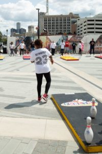 Detroiters Celebrity Fowling Tournament